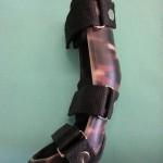Karpalgelenks Orthese hergestellt von Pfaff Tierorthopädie nach Gibsabdruck